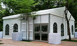 Outdoor Wedding Tents With Luxury Decorations